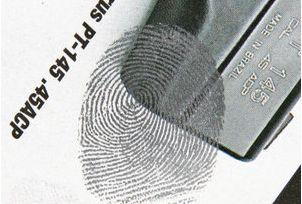 Bi-Chromatic Magnetic Fingerprint Powder